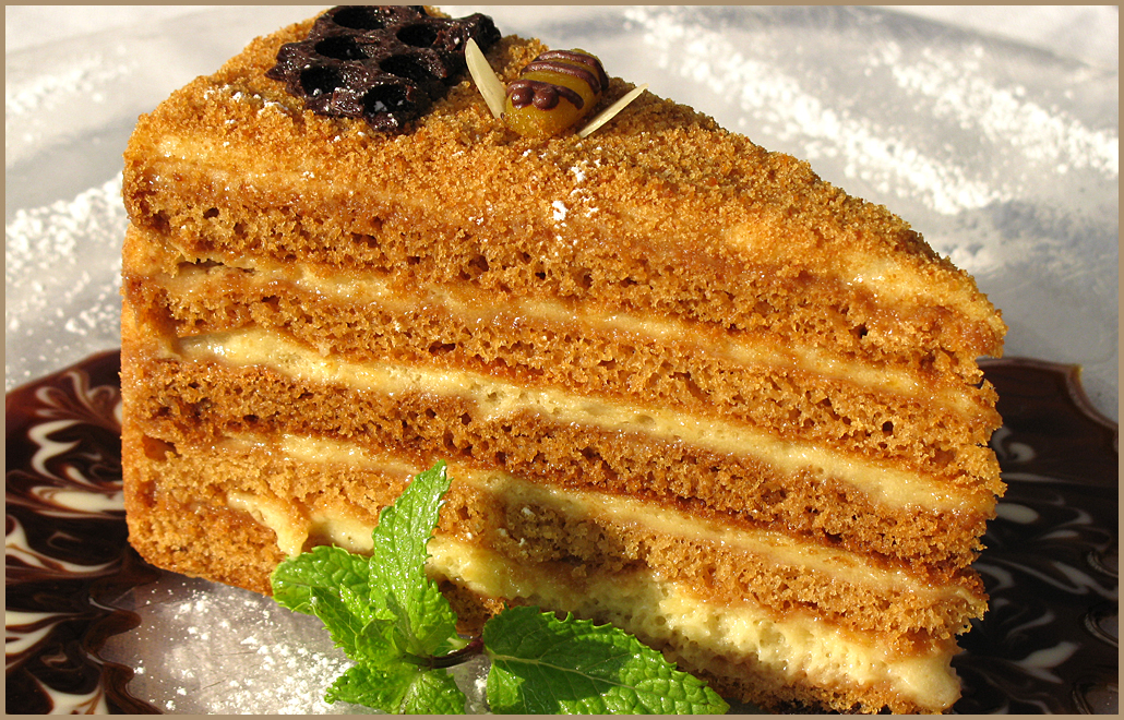 Торт в мультиварке Редмонд. Как приготовить торт в мультиварке Редмонд