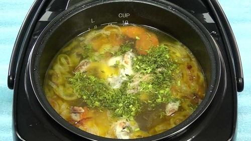 вермишелевый суп с курицей в мультиварке