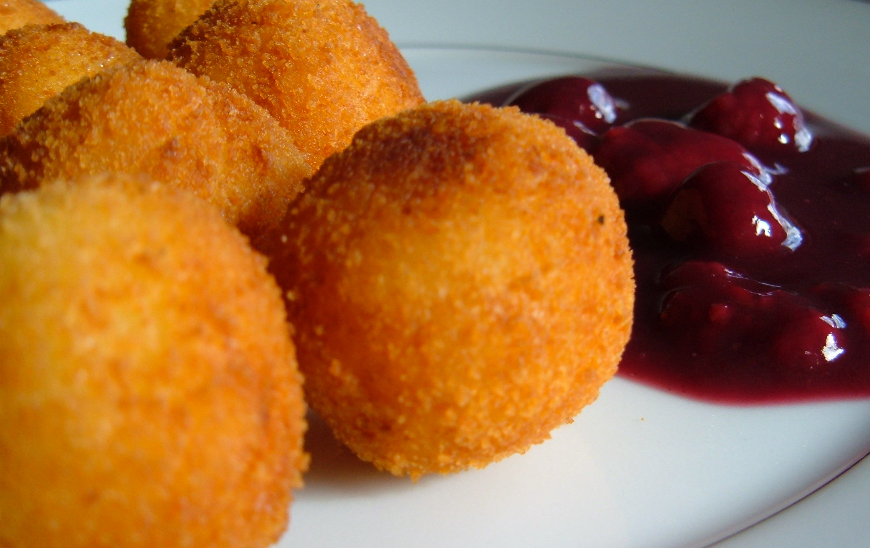 Рецепт картофельных шариков с сыром пошагово
