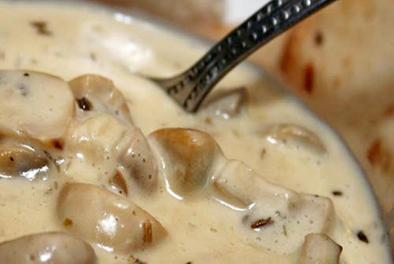 Рецепт кальмары с грибами в сметанном соусе рецепт