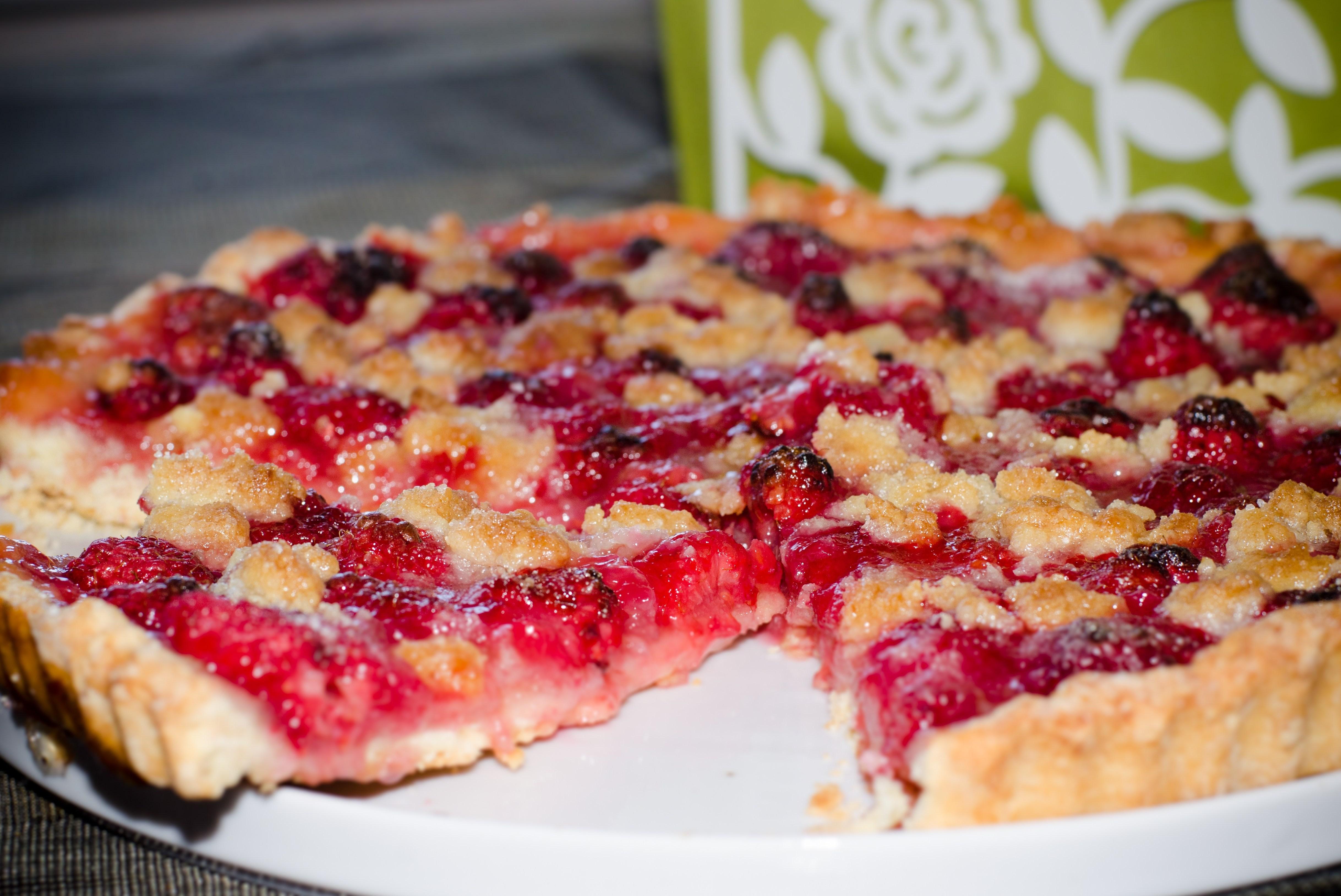 Рецепт пирога с малиновым вареньем в духовке пошагово