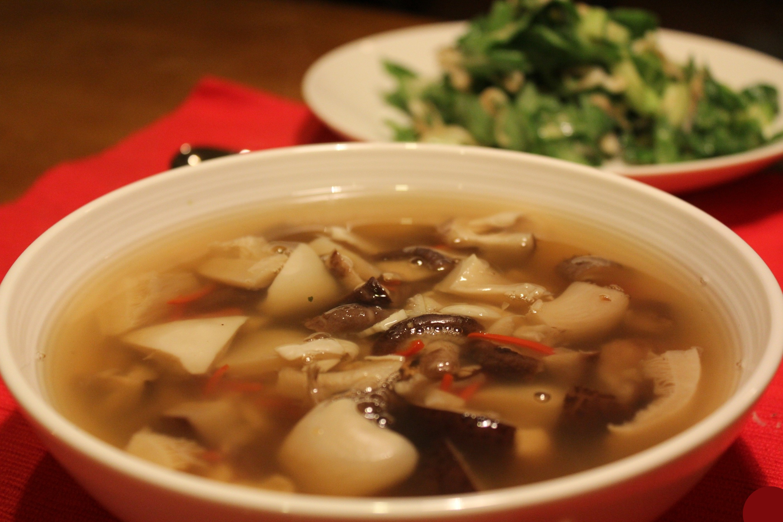 грибной суп из свежих грибов шампиньонов в мультиварке