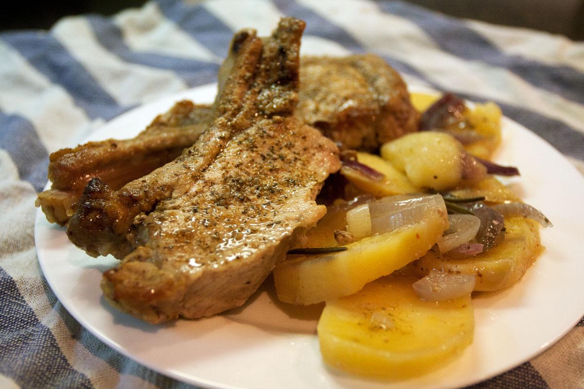 что можно приготовить из картошки и мяса в мультиварке