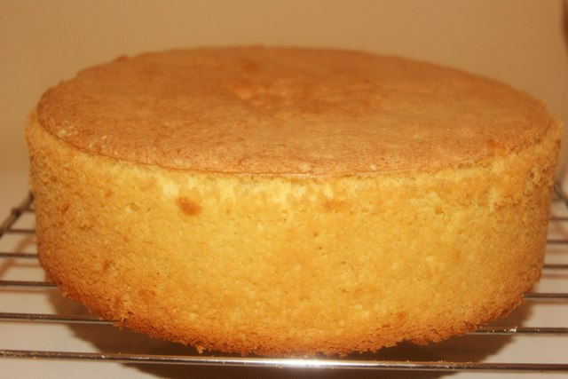 Как приготовить высокий бисквит в мультиварке