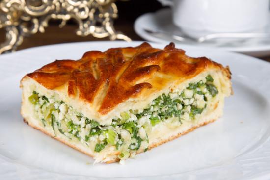 пирог с зеленым луком и яйцом рецепт с фото