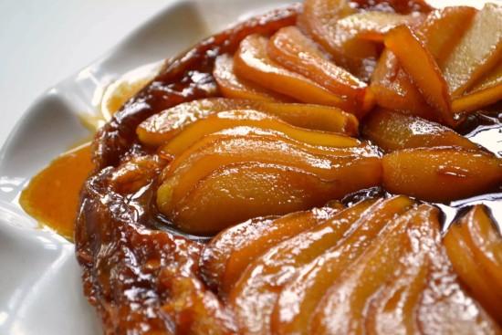 пирог с грушами из слоеного теста рецепт с фото
