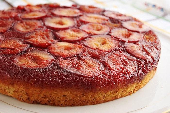 Пирог с сливами рецепт с фото пошагово