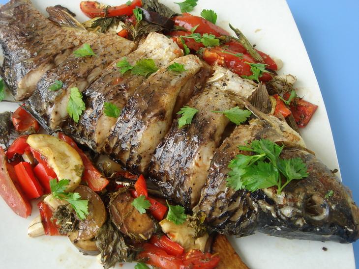 Рыба с овощами запеченная в духовке рецепты