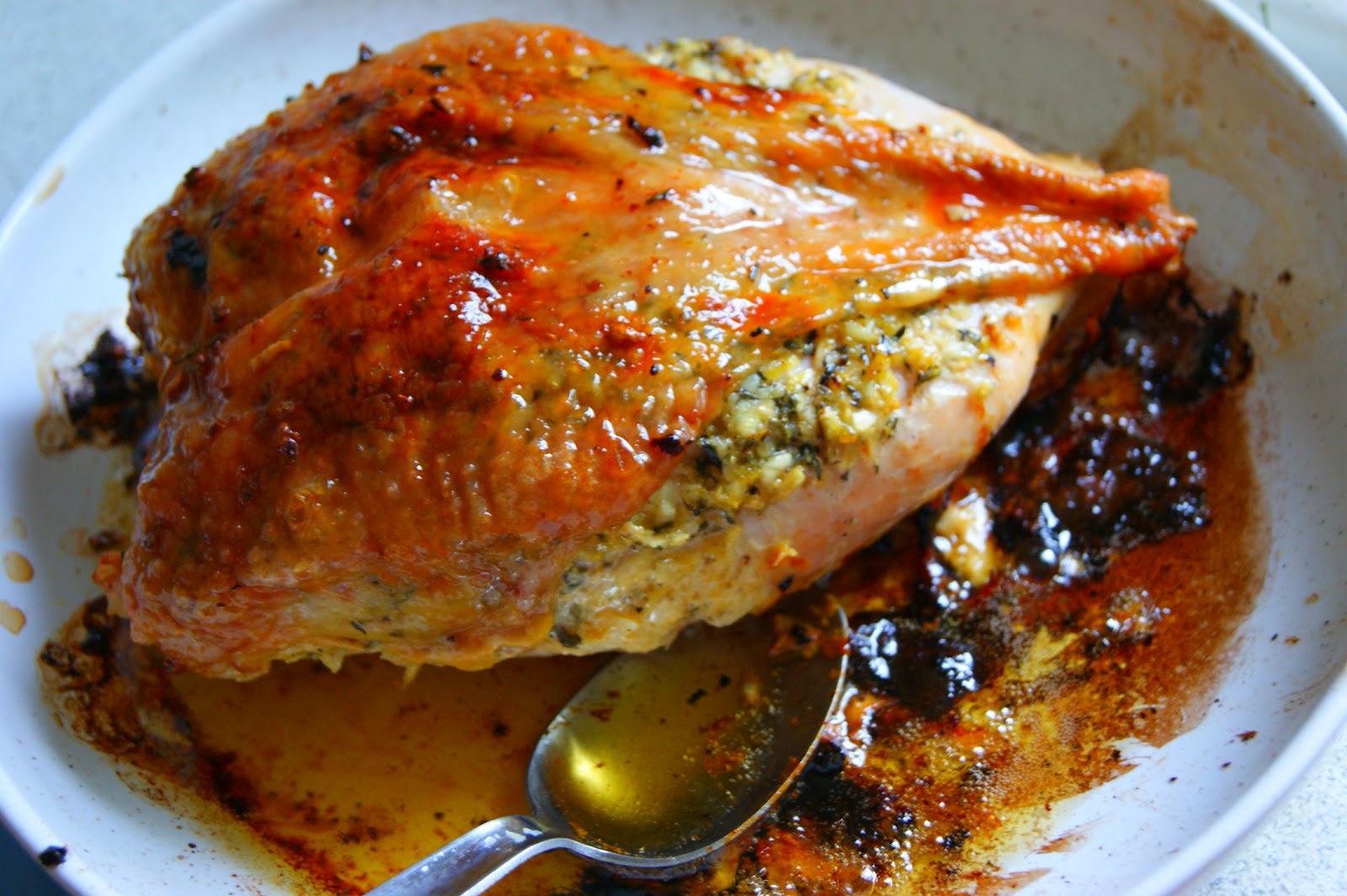 мясо курицы запеченное в духовке в фольге