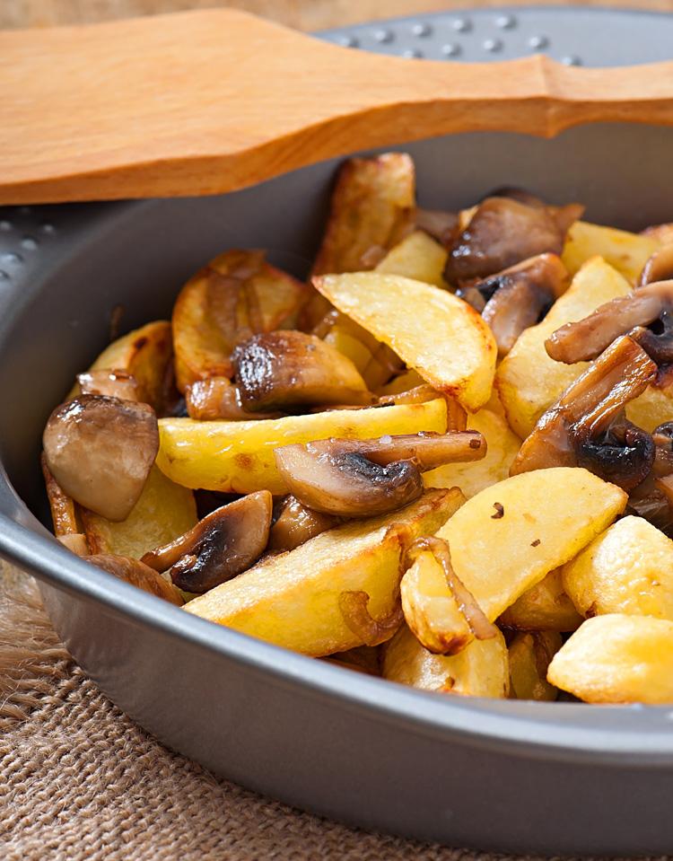 в мультиварке жареная картошка с шампиньонами