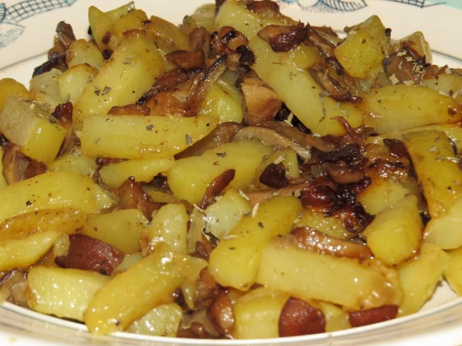 картошка жареная с опятами в мультиварке