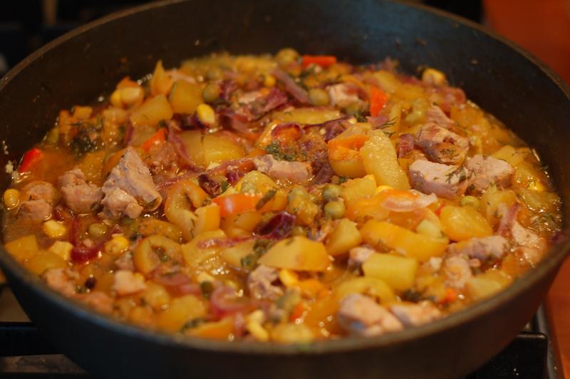рагу овощное с цветной капустой и с картошкой и с мясом