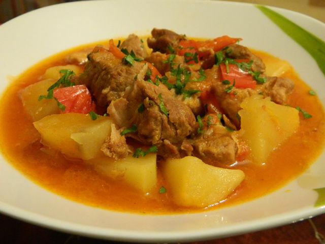 мясо тушеное с картошкой рецепт с фото пошагово
