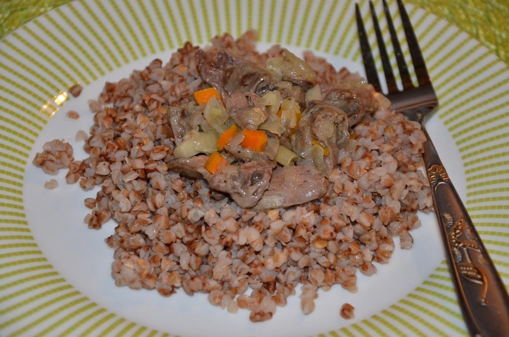 гречка с подливом без мяса рецепт