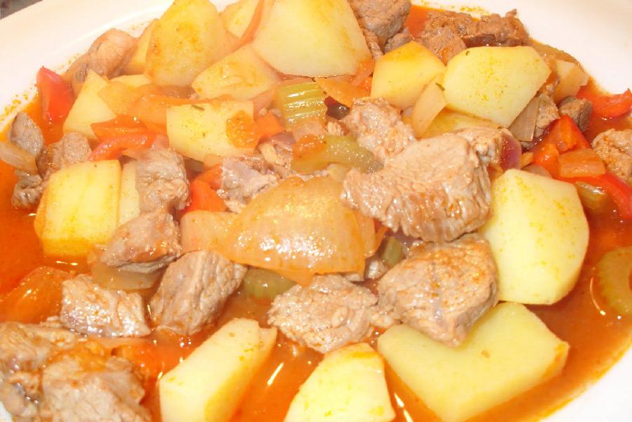 Картофель с мясом с овощами в мультиварке рецепты с фото