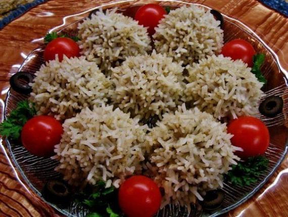 тефтели на пару с рисом в мультиварке