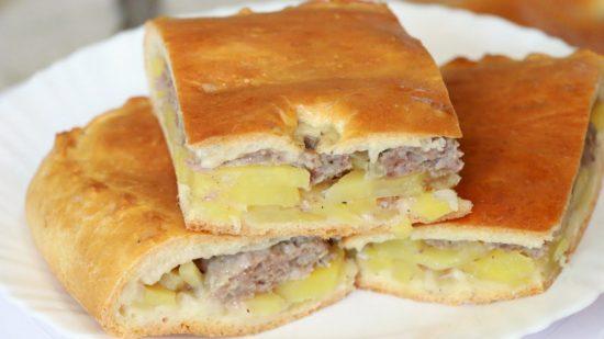 пирог с картошкой и с мясом в мультиварке