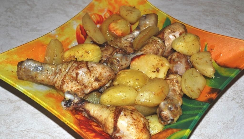 куриные ножки в духовке с грибами и картошкой
