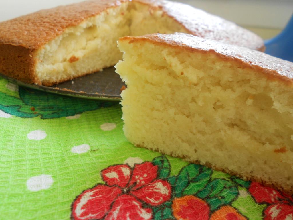 высокий бисквит на кефире рецепт с фото