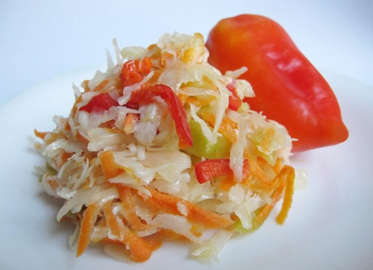 салат из капусты маринованный быстрый