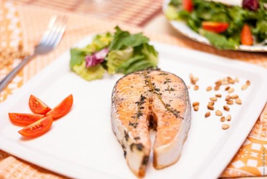 Рецепт стейки семги в соевом соусе — 8